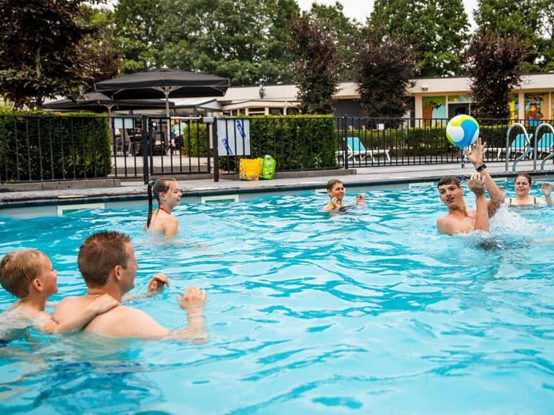 Zwembad van Recreatiepark 't Gelloo